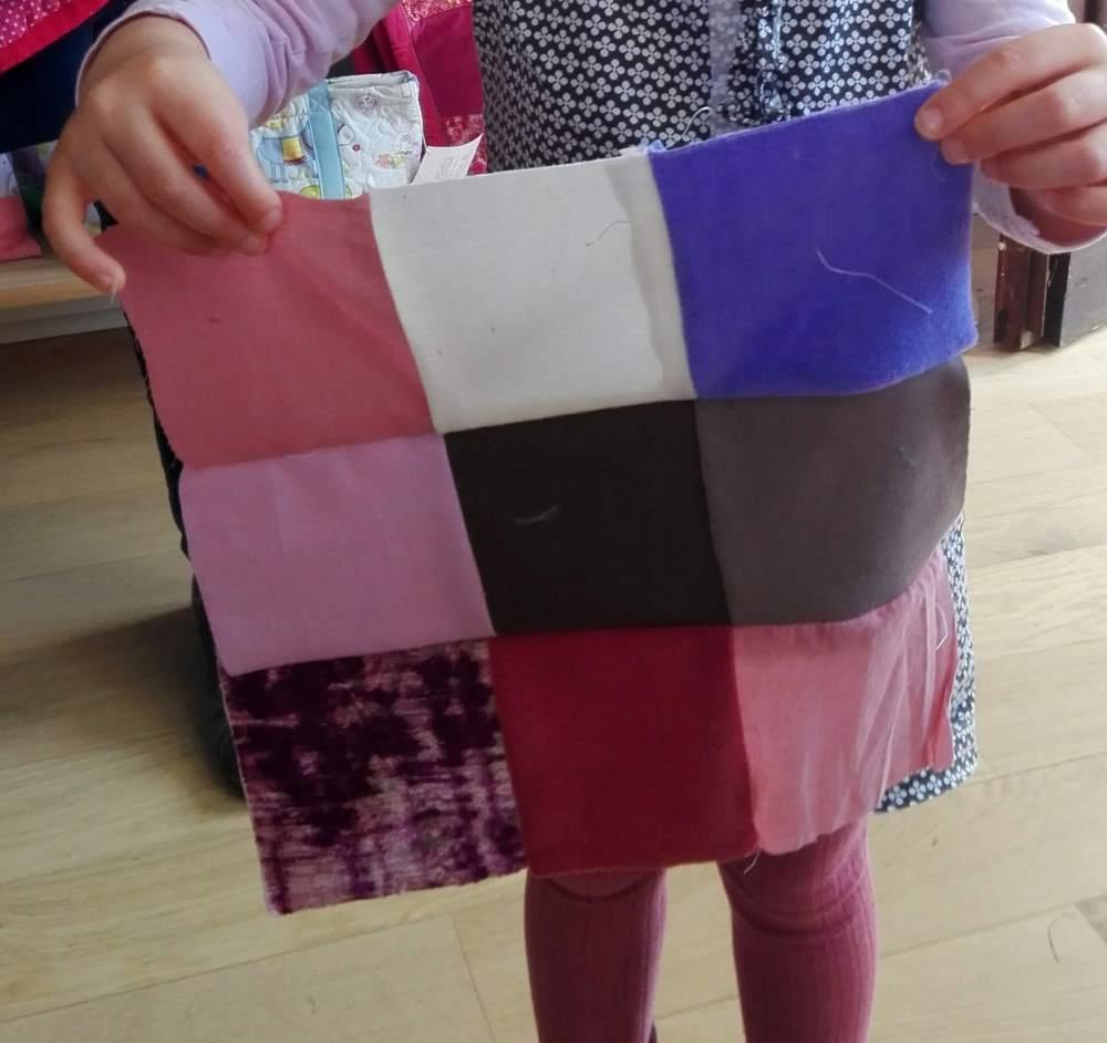 Pour un premier patchwork, certains préfère rester sur les couleurs unis