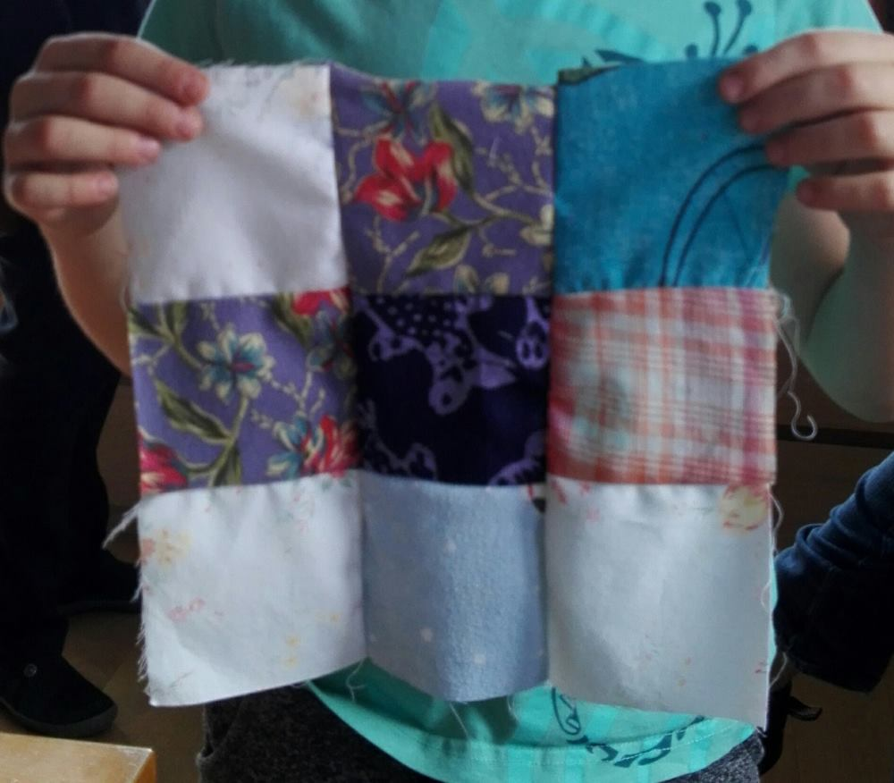 Pendant JEMA 2017, des visiteurs ont fait leurs premiers design patchwork chez Repatchit